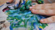 Terapia ręki – zajęcia ruchowo-plastyczne – barwy ciepłe i zimne